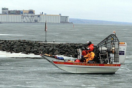 Thunder Bay Fire and Rescue head back to shore on March 24, 2012.