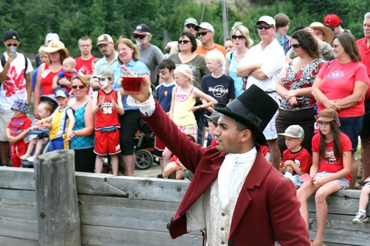 Fort William Historical Park saw around 4,000 people Sunday afternoon.