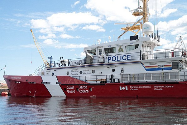 The Constable Carrière ship will be patrolling Thunder Bay waters until Friday.