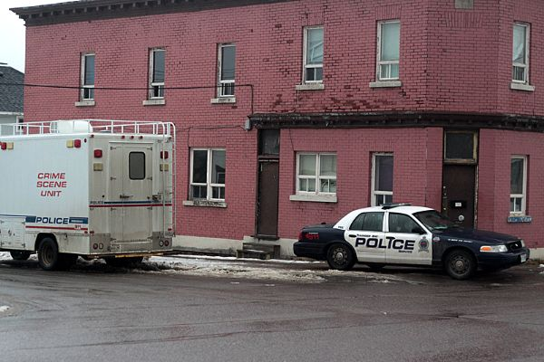 The Thunder Bay Police Service on Monday continues to hold the scene of the city